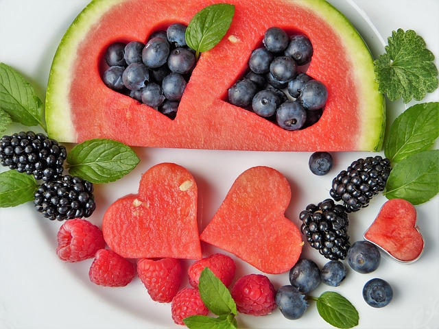 Incorporate healthier snack items into your toddler's diet
